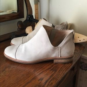 Timberland cream suede booties Size 8